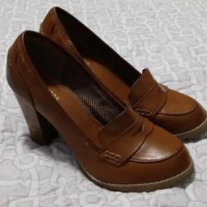 MAURICES HEELED LOAFER